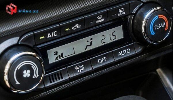 Điều hòa tự động xe Toyota Raize 2021